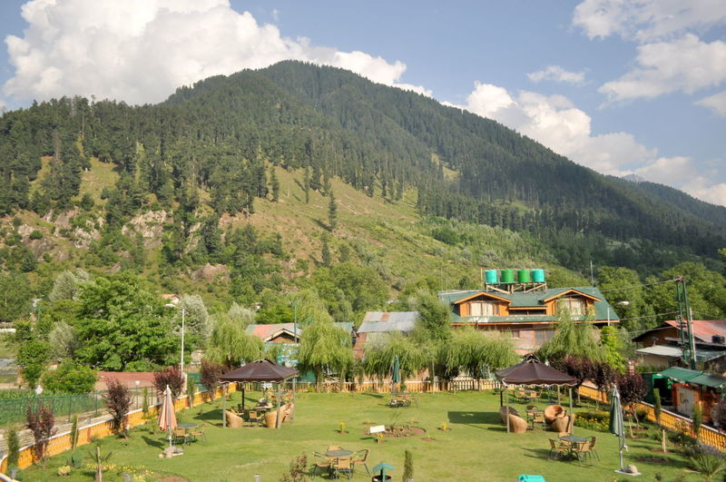 Day Kashmir