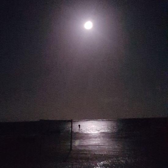 full moon Moonlight Full Moon Soccer Bahia Bahia/brazil Sea Water Horizon Over Water Night Moon Silhouette Scenics