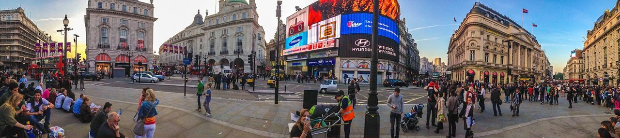 Picadillycircus 180° Panorama Streetphotography People London Uk IPhoneography London Lifestyle