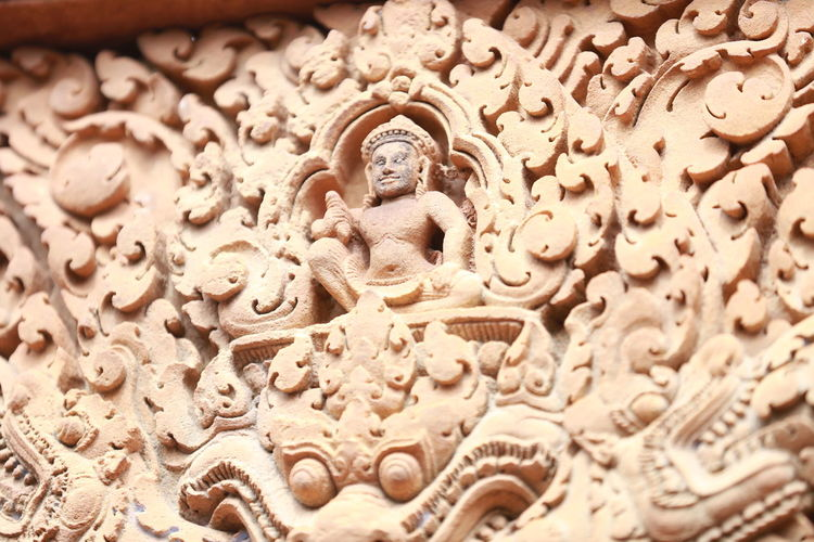 Art And Craft Religion Craft Creativity Representation Spirituality Human Representation Belief No People Architecture Sculpture Carving - Craft Product Statue Built Structure Place Of Worship Close-up Male Likeness Ornate Bas Relief Carving Architecture And Art