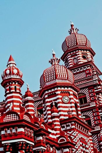 Sri Lanka 🇱🇰 Red Mosque Pettah cityscapes Place Of Worship City Architecture