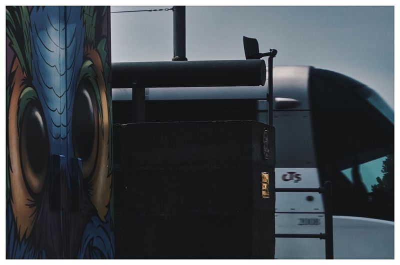 """On the owl"" by Noise aka N•15. IG : noise_oner EyeEm Gallery 涂鸦 Grafiti Strasbourg Cts Streetphotography Streetart Bombing Graffiti Tramway Utban Street Contrast Lifestyle Auto Post Production Filter Transfer Print No People Close-up Day Travel The Photojournalist - 2018 EyeEm Awards #urbanana: The Urban Playground"