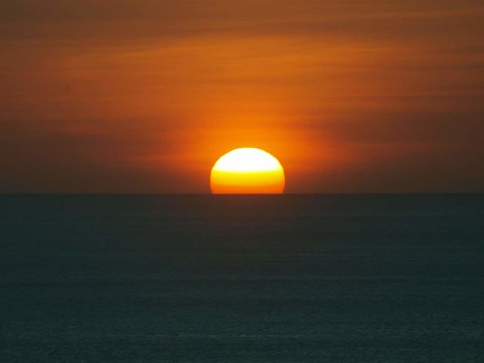 Sunset... Photography Photographylovers Hobby Water Sea Horizon Sunset Beauty Astronomy Awe Sunlight Sun Silhouette