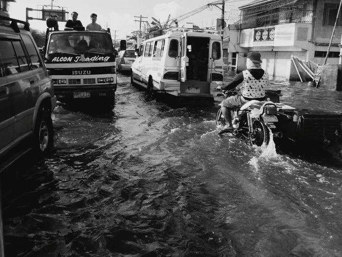 Flood Flooding Flooded Commuters Transportation Road Problems