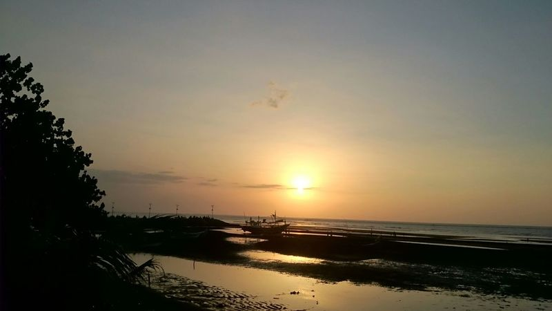 🌅🌅🌅 First Eyeem Photo Sunset Silhouettes Exploreeastjava