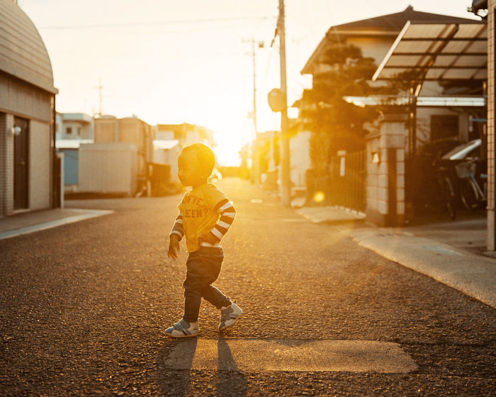 120 Film 43 Golden Moments Backlight Eye4photography  EyeEm Best Shots EyeEm Japan Film Photography Filmisnotdead From My Point Of View Light And Shadow Plaubel Makina 67 Street Streetphotography Sunbeam Sunlight Sunset Sunset_collection Taking Photos The Week Of Eyeem Showcase June