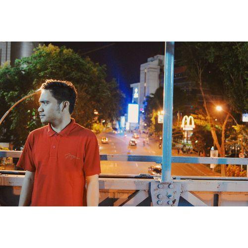 Menikmati malam 🌆