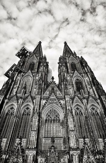 Cathedral Köln Kölner Dom Architecture Cloud - Sky Façade Gothic Style History Low Angle View Religion Sky Spirituality Travel Destinations
