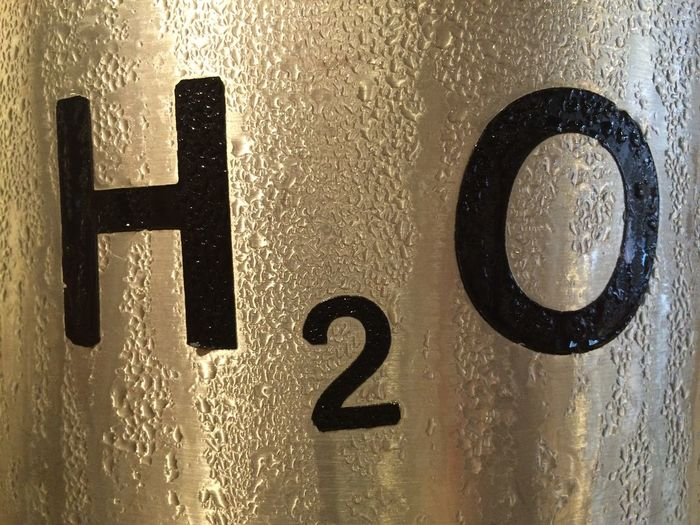 H2o Typography Water Drops Metal Surface Water Condensed Water