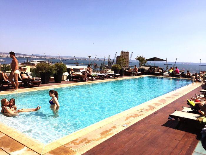 Poolside The Met Hotel Zen Sunday Swimm Beautiful People Industrial Surrounding