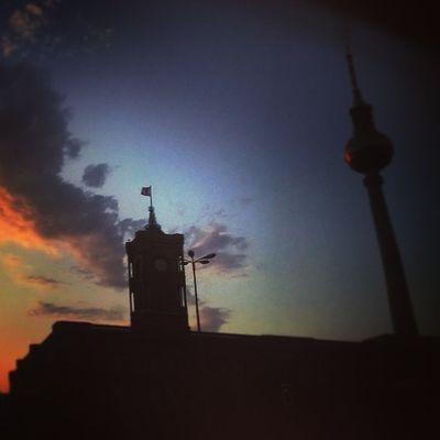Summer sky in Berlin Deutschland Germany Ig_deutschland Ig_germany Ig_europe Insta_international Insta_europe Sunsetporn Sunset