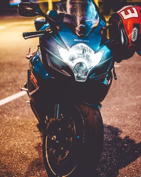 Motorcycle Gsxr Shoei Dainese Street Photography