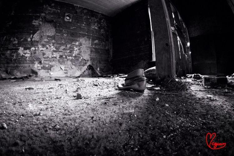 Blackandwhite Abandoned Photoyourworld AMPt - Shoot Or Die