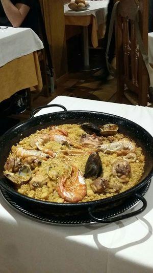 Visual Feast Una Paella Madrid