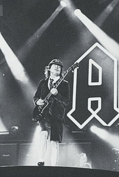AngusYoung ACDC Rock Legend HighwayToHell picture.not.a.photo