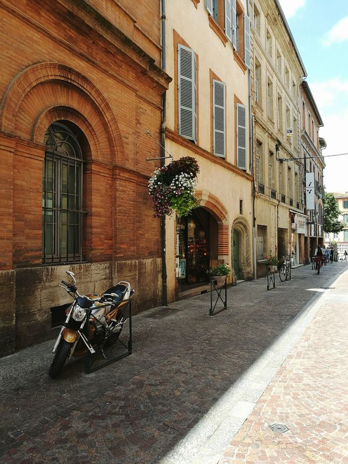 No People Outdoors Building Exterior Day Sky Built Structure Architecture Motorcycle Montauban City Street City EyeEmNewHere