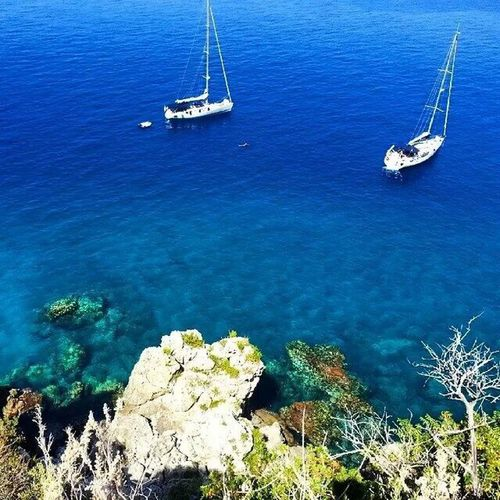The Essence Of Summer is to be sure that's Sun enought to see underwater Water Water Reflections Water_collection Sea Seascape Sea View Blue Clear Peace Wonderful Landscape Landscape_photography ReggioCalabria Italy Nikon Nikonphotography EyeEm Best Shots EyeEm Boats