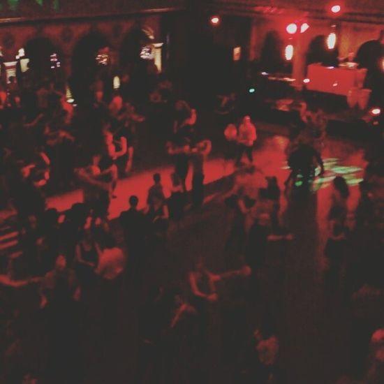 Early night allready busy at nochr de Salsa