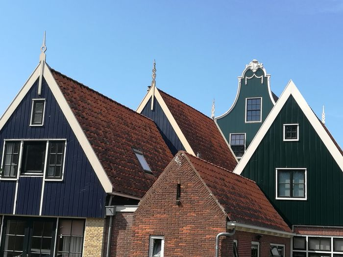 Marken Wood - Material Outdoors House Roof Sky Architecture Building Exterior No People Day Built Structure Residential Building Holland❤ Marken Village Nordseeküste North Sea Holidays ☀