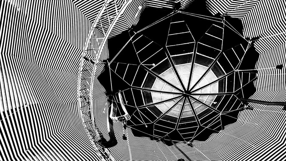 Himmelskörper....Tempodrom, Berlin ....10.. 10 Berlin Berliner Ansichten Tempodrom Tempodrom Berlin Germany🇩🇪 Technic Music Hall Culture Theater Scheinwerfer Bnw Bnw_collection Bnw_friday_eyeemchallenge Star - Space Space Exploration Planet Earth Abstract Pattern Architecture Close-up Built Structure Architectural Design Geometric Shape LINE Skylight Architecture And Art Architectural Detail Architectural Feature Concentric