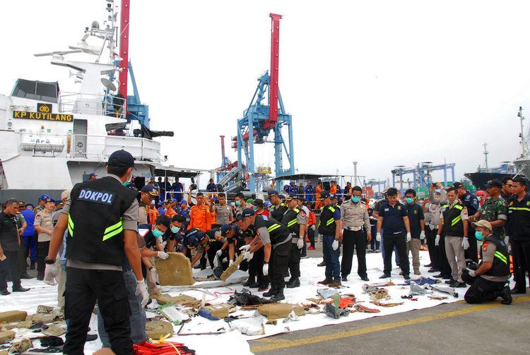Debris from Lion Air JT 610 in Indonesia Lion Air Crash INDONESIA Debris Jt610 Jt 610 Transportation
