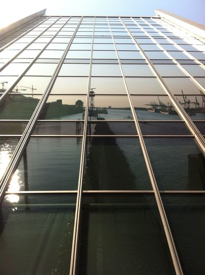 Dockland Docklands Hamburg Hamburg Harbour Modern Architecture Reflection Reflections Window Window Reflections Dramatic Angles Light And Reflection