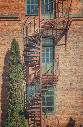 2019 Niklas Storm April Spiral Staircase Fire Escape Stairs Hand Rail Steps And Staircases Steps Spiral Staircase Railing Architecture Emergency Exit Spiral Stairs Daylight Stairway Urban Scenery My Best Photo The Architect - 2019 EyeEm Awards