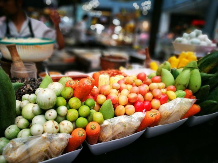 papaya Thai Salad Somtum Pu-plarha Corner Food Somtumthai Somtum Thai Siamdiscovery Food Courts Siamparagonสยามพารากอน SiamParagon MBK Center (เอ็ม บี เค เซ็นเตอร์) Food Centre Siamcenter Papaya Salad,spicy,thai Food Papayasalad Ingredients Beautiful Fruit Kiosks