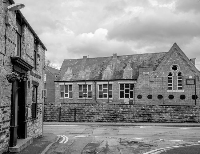 Wootton Primary School School Primary School Northamptonshire Blackandwhite Black And White Monochrome FUJIFILM X-T2 Wootton Rural Village High Street Architecture Building Exterior Built Structure