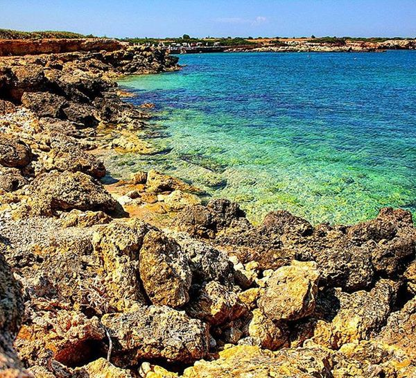 Ognina coast...near my home!Italy Sicily Siracusa Ognina Sea Coast Naturephotography Naturelovers Perfection Instabeauty Earth Relax Nonoise Colour Blue Bluesky Nature Rocks Awesomeplaces Holiday