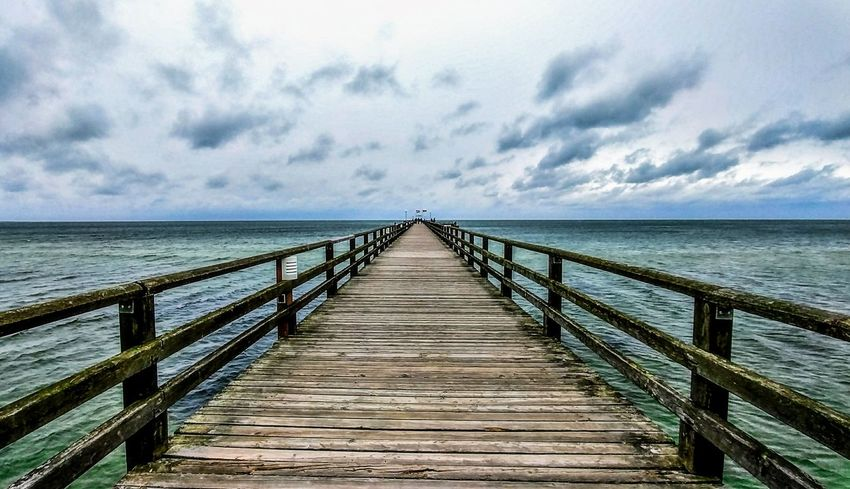 Weite Prerow Sea Pier Wood - Material Horizon Over Water Beauty In Nature Wood Paneling Cloud - Sky Ostseeküste Lost In The Landscape Connected By Travel Ladyphotographerofthemonth Mecklenburg Vorpommern EyeEm Selects EyeEm Best Shots EyeEm Nature Lover Darß / Baltic Sea Clouds And Sky EyeEm Best Shots - Nature EyeEm Best Edits Nature Photography Sky Nature_collection Ostseebad Prerow Ostseeküste Deutschland Perspectives On Nature