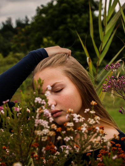Only Women Eyes Closed  One Woman Only Adult Young Adult Young Women One Person One Young Woman Only Adults Only Women People Headshot Flower Human Body Part Beauty Relaxation Nature Outdoors Beautiful Woman Redhead Nature EyeEmNewHere Beauty In Nature Eyemphotography Eyeemsouthafrica