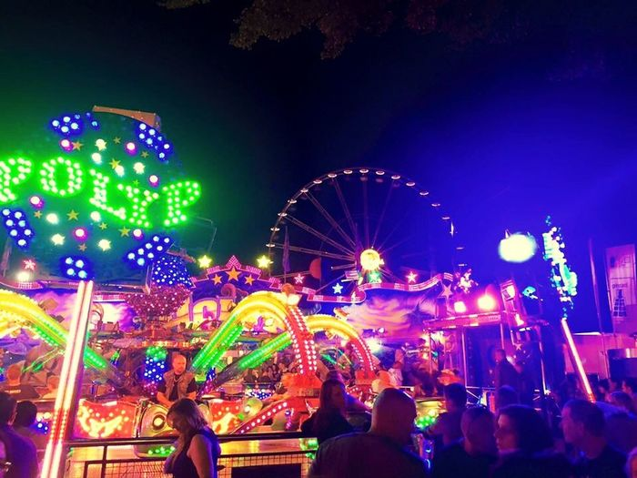 Bremer Freimarkt Taking Photos Enjoying Life First Eyeem Photo Check This Out Fun Handy Photo