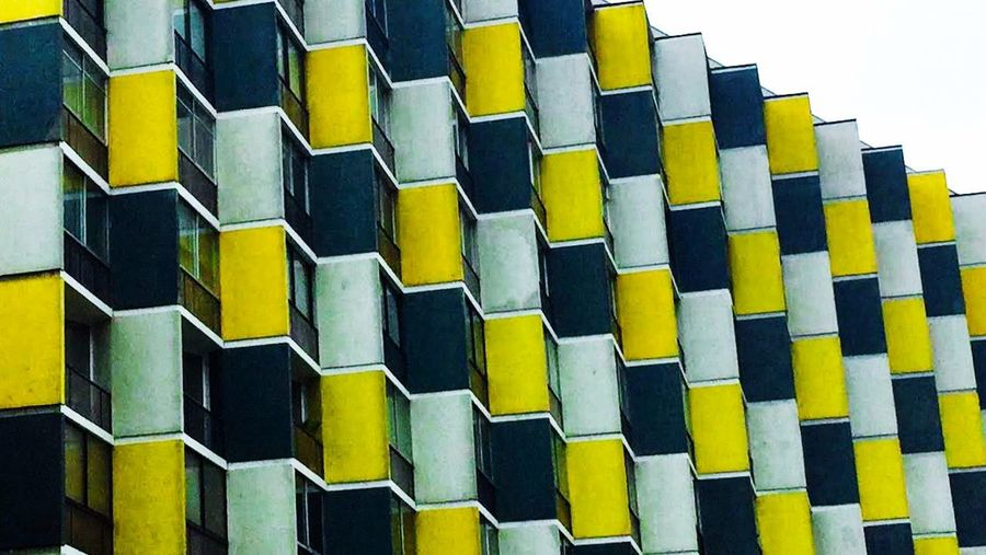 Chess Pattern No People Repetition In A Row Design Indoors  Full Frame Side By Side Close-up Architecture Backgrounds Wall - Building Feature Large Group Of Objects Order Yellow Shape Wood - Material Abundance Built Structure Day