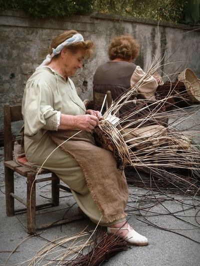 Bevagna Umbria Mercato Delle Gaite Medioeval Village Antichi Mestieri Investing In Quality Of Life Focus On The Story The Portraitist - 2018 EyeEm Awards