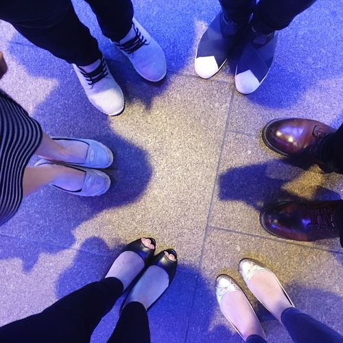 Eeny, meeny, miny, moe Standing Real People Human Leg Women's Feet Shoe Teamwork Friendship People Shoeselfie #urbanana: The Urban Playground A New Perspective On Life Human Connection Streetwise Photography