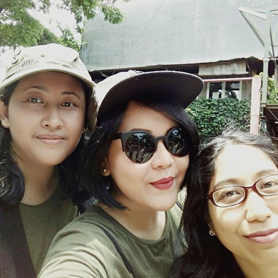 """Batch 11, """"ARMY LOOK"""" by IMLC Mommies, at Kopi Boutique/Yesterday Backyard Coffee shop, Cipete, South Jakarta. Arisan 11 By ITag ImpressiveMindsMoms Arisan IMCH By ITag Friends By ITag"""