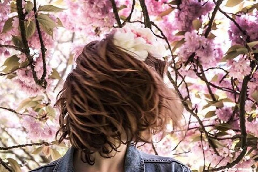 Concours Schwarzkopf Enjoying Life Life EyeEm Best Shots Photography Photoshoot Photooftheday Love Photographer Artphotography Hair Hairstyle Flowers Flower Colors Pink Pink Flower Rudymignardot EyeEm Best Edits EyeEm Artoftheday Art Art Gallery Pepole Portrait Of A Woman Portrait