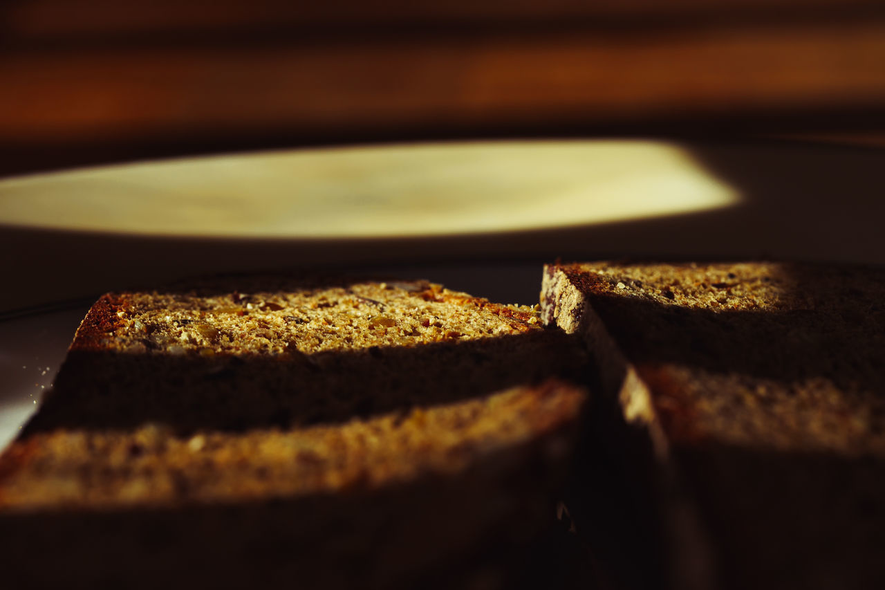 food and drink, food, selective focus, close-up, freshness, indoors, still life, no people, healthy eating, wellbeing, baked, bread, ready-to-eat, sweet food, sweet, indulgence, dessert, table, breakfast, temptation, snack