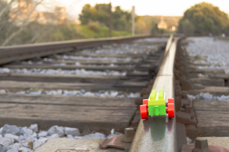 Perspektive Perspective Travel Traveling Bytrain Close-up Day Focus On Foreground Nextstop No People Outdoors Picoftheday Playing Rail Transportation Railroad Track Red Train Train Track Travelinspiration