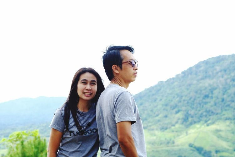 Two People Heterosexual Couple Mountain Casual Clothing Togetherness Smiling Black Hair Men Happiness Day Adult Nature Dating Women Couple - Relationship Cheerful Bonding Young Adult Real People Lifestyles