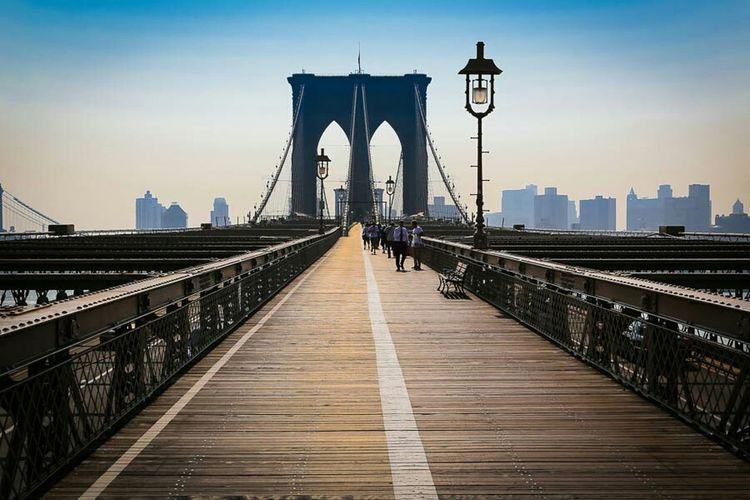Brooklyn Bridge  New York City Enjoying Life Cityscape Architecture City Lights Vanishing Point Art Bridge The Best Of New York