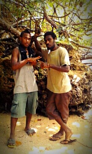 Adventure tours to Malekula,Vanuatu Hanging Out