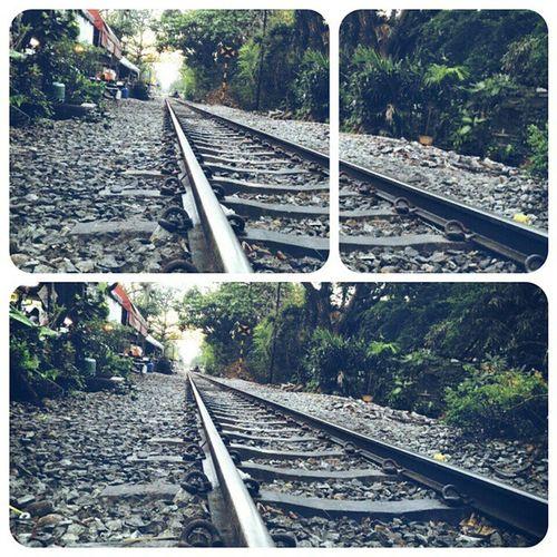 The Way ... Train Photo Photograph Zenfone Zenfone6 Lifestyle Metalhead Metal Asus Travel