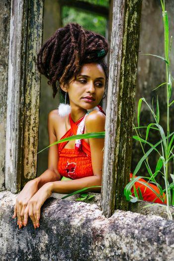 RASTA Dreadlocks Dreadlock Girl Caribbean Rasta Girl Portrait Young Women Beautiful Woman Beauty Flower Smiling Curly Hair Looking At Camera Beautiful People Water