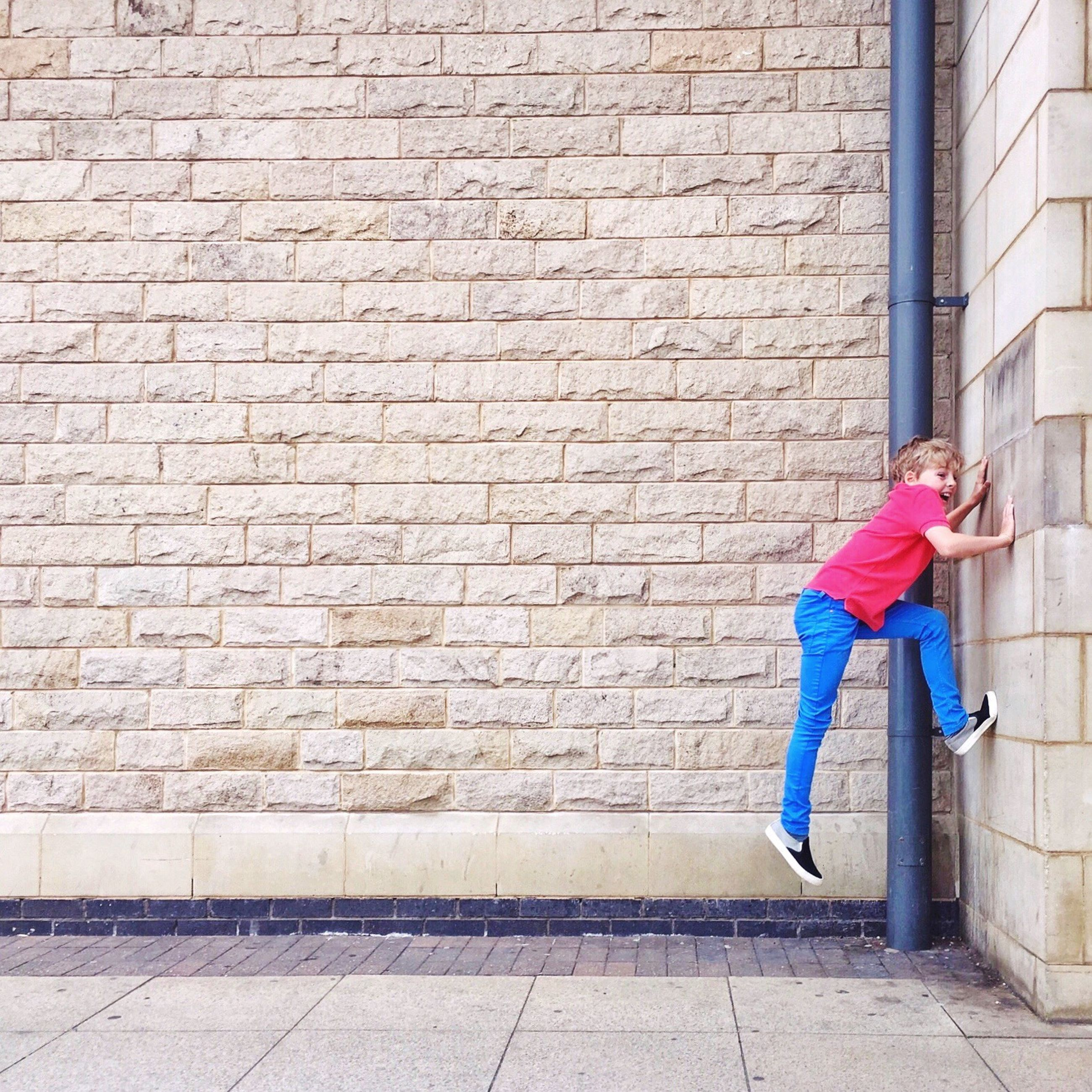 Billy. Climbing the wall. Hanging Out Enjoying Life Iphonephotography IPhoneography ShotOniPhone6 Mobilephotography Shootermag EyeEm Best Shots - People + Portrait