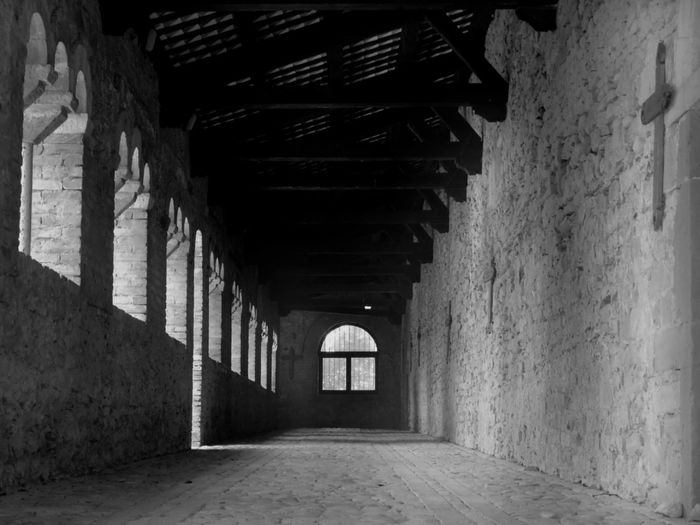 #serenity  #emotions #peace #photography #silence #blackandwhite EyeEm Best Shots Photographyblackandwhite #eyeemphotography #EyeEmNewHere #church #interesting #EyeEmSelects #OldPhoto #respect Beautybw Corridor Architecture