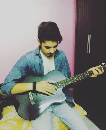 Getting In Touch Withmusic Music Is My Life Rest Time Music Photography  Guitarist Guitar Love