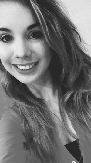Check This Out That's Me Cheese! Hello World Taking Photos Enjoying Life Makeup Blackandwhite Selfie Let's start the day with a smile