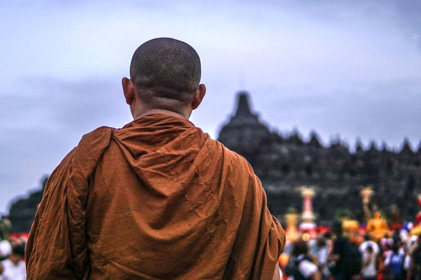 Bhikkhu Borobudur Buddha Buddhism Buddhist Monks Buddhist Temple One Man Only Place Of Worship Rear View Religion Spirituality The Portraitist - 2017 EyeEm Awards The Portraitist - 2017 EyeEm Awards The Photojournalist - 2017 EyeEm Awards